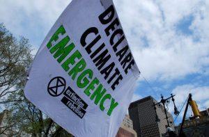 Banner: declarar emergencia climática