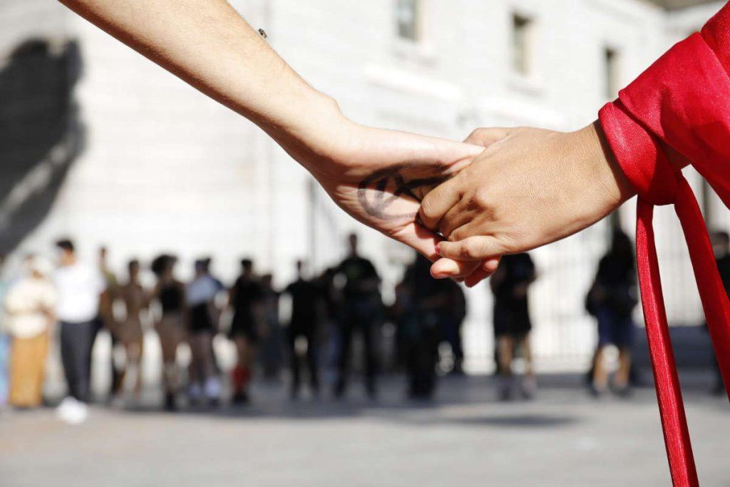 Imagen de tomarse de las manos
