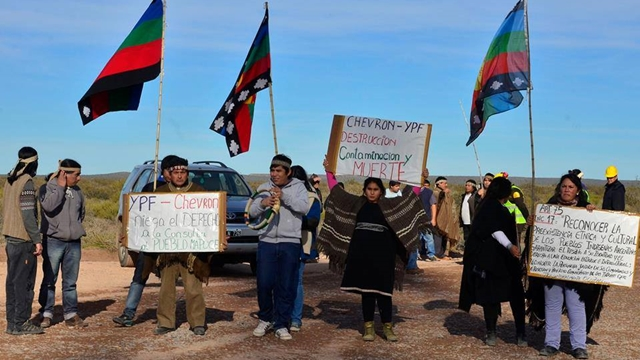 Mapuche community demonstrating in 2015