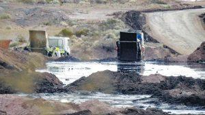 Oil waste basin in Neuquén